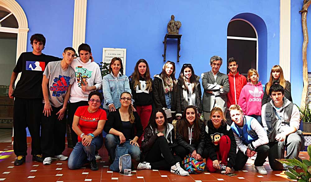 imagen de los alumnos participantes en la visita